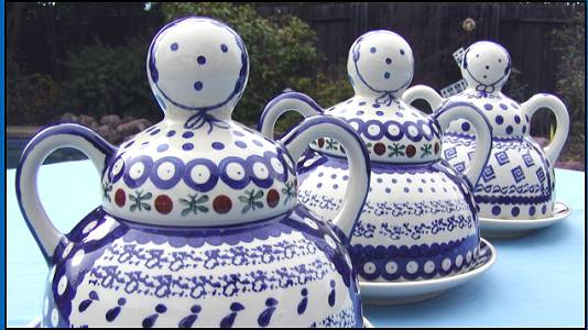 Craig Robinson of Red Robin Polish Pottery writes \ Red Robin Polish Pottery sells beautiful Polish Pottery including cheese ladies plates bowls bakers ... & Boleslawiec Pottery in Washington and on the Web